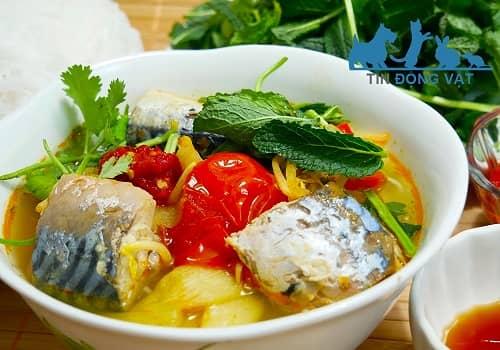 cá nục nấu canh chua